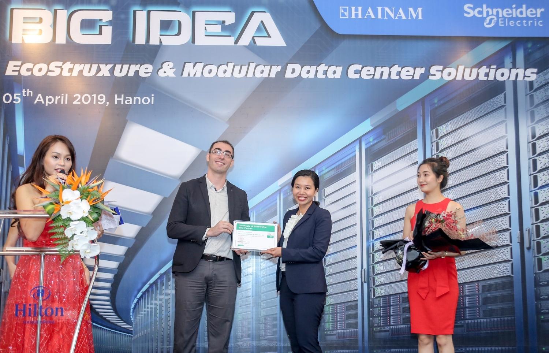 Schneider Electric IT Việt Nam ký kết hợp tác chiến lược với Công ty TNHH Hải Nam