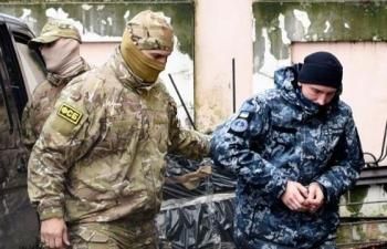 nga len tieng ve so phan 24 thuy thu ukraine bi bat giu