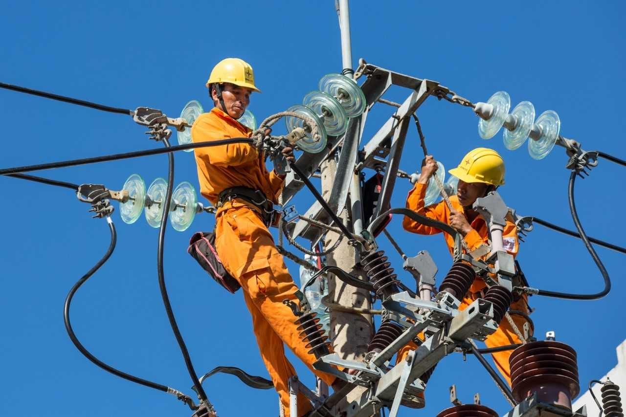Khuyến cáo tiền điện tăng cao trong đợt nắng nóng và dịch bệnh Covid -19