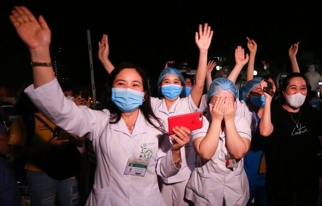Chuyên gia Mỹ: Ấn tượng với Việt Nam đối phó Covid-19