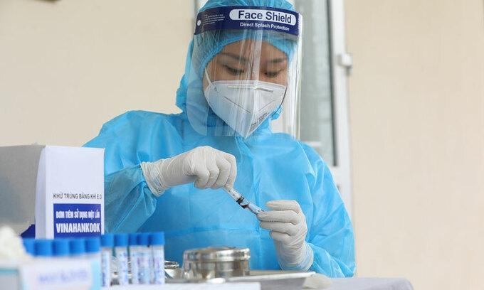 800 y bac si thu nghiem vaccine lao chong ncov