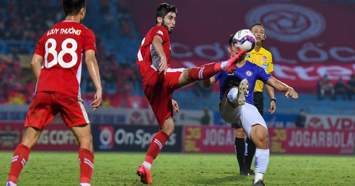 CLB Hà Nội 0-1 CLB Viettel: Trọng Hoàng ghi bàn, Quang Hải kém duyên