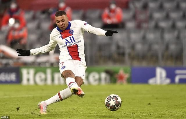Bayern Munich 2-3 PSG: Mbappe tỏa sáng rực rỡ - 7