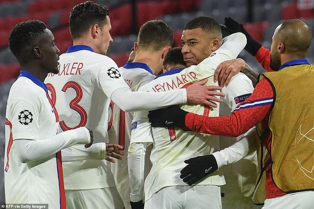 Bayern Munich 2-3 PSG: Mbappe tỏa sáng rực rỡ - 8