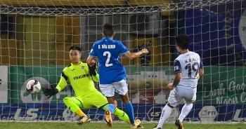 CLB Hà Nội 4-0 Than Quảng Ninh: Quang Hải rực sáng