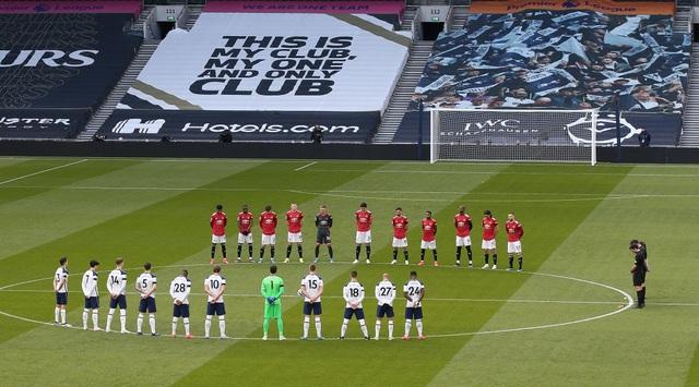 Tottenham 1-3 Man Utd: Màn lội ngược dòng phục hận tuyệt vời - 17