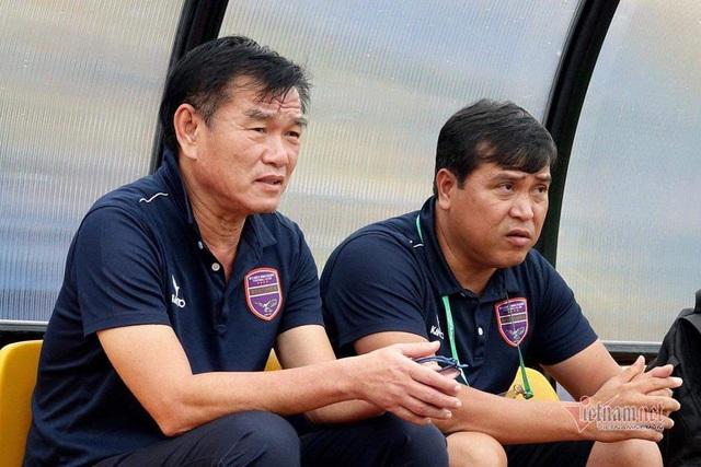 HLV Phan Thanh Hùng bất ngờ từ chức vì bệnh tim - 1