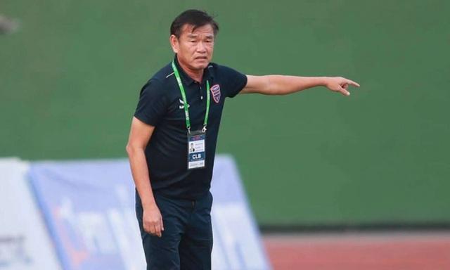 HLV Phan Thanh Hùng bất ngờ từ chức vì bệnh tim - 2