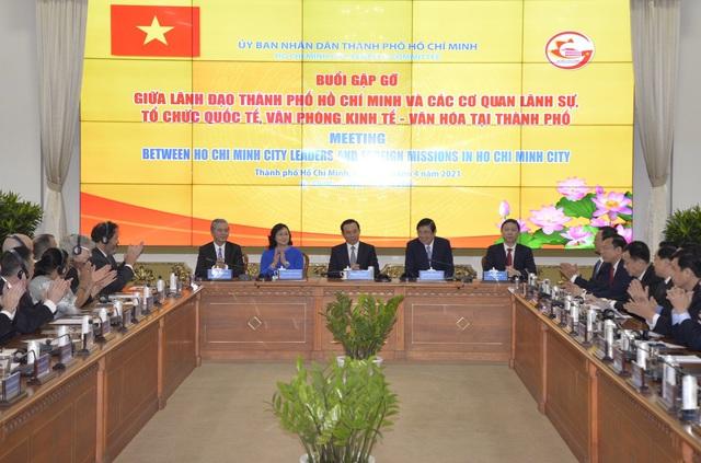 Bí thư Nguyễn Văn Nên: Không đánh đổi môi trường để phát triển kinh tế - 1