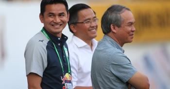 """V-League """"xay"""" huấn luyện viên, bầu Đức làm điều đặc biệt với Kiatisuk"""