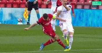 Ngôi sao Real Madrid hứng chịu cú vào bóng triệt hạ giống Hùng Dũng