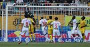 HA Gia Lai 1-0 Hà Nội: Siêu phẩm sút xa của Xuân Trường