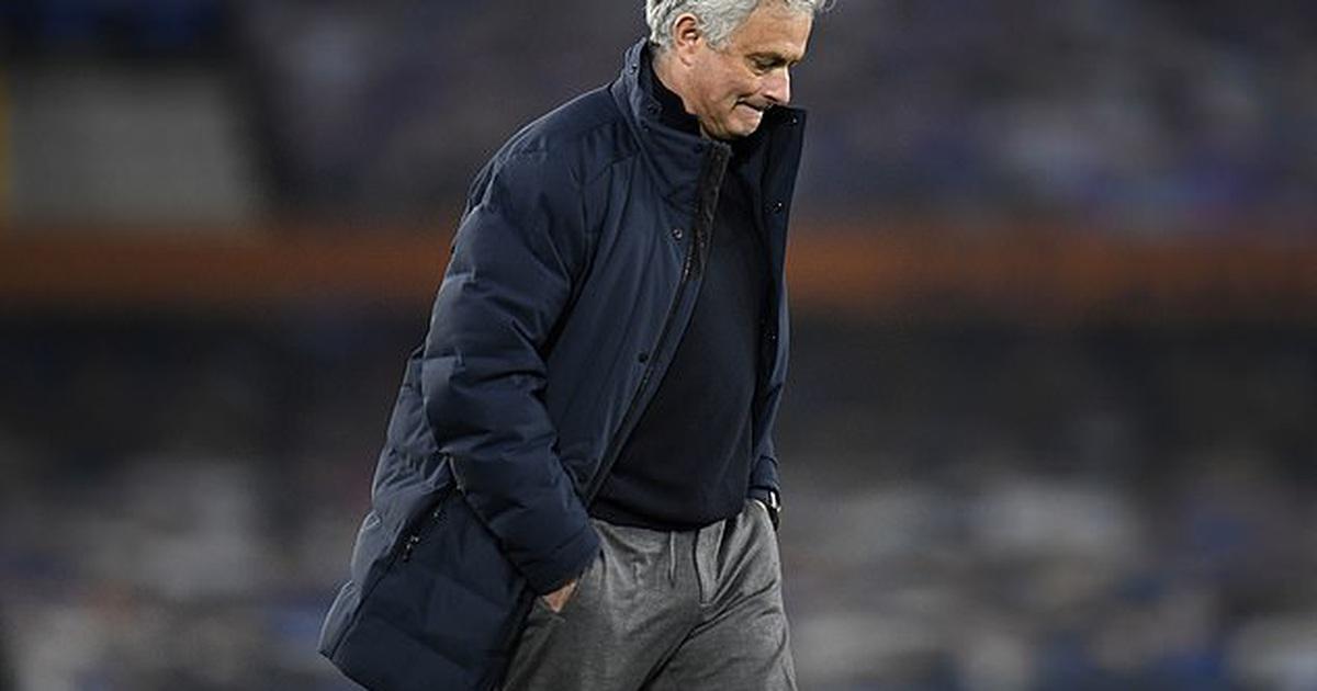 HLV Mourinho chính thức bị sa thải ở Tottenham
