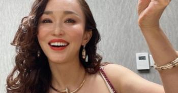 """Nhan sắc của """"Cô Cô"""" Phạm Văn Phương ở tuổi 50 có đẹp như lời đồn?"""