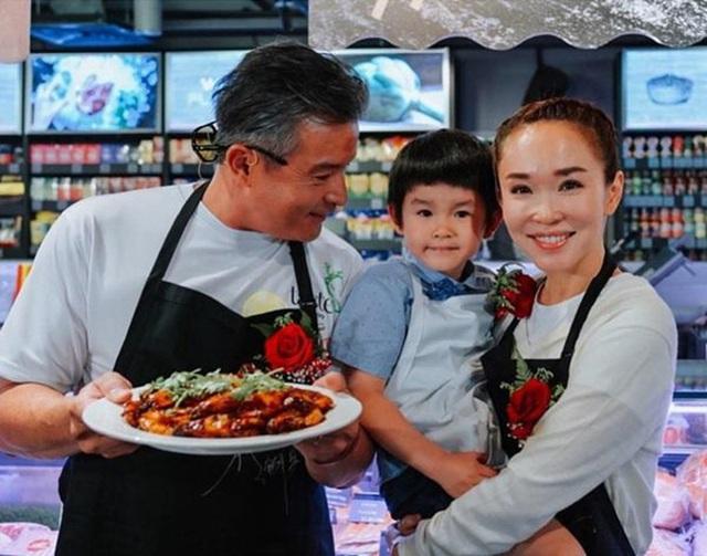 Nhan sắc của Cô Cô Phạm Văn Phương ở tuổi 50 có đẹp như lời đồn? - 11