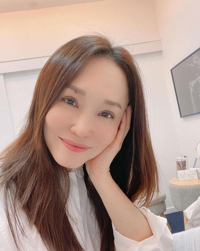 Nhan sắc của Cô Cô Phạm Văn Phương ở tuổi 50 có đẹp như lời đồn? - 12