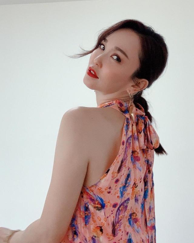 Nhan sắc của Cô Cô Phạm Văn Phương ở tuổi 50 có đẹp như lời đồn? - 17