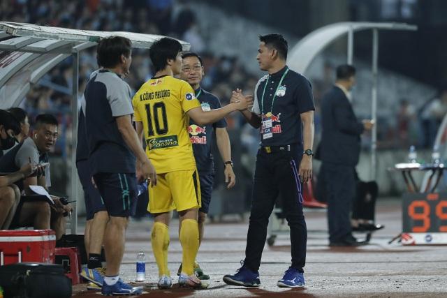 7 cầu thủ của Kiatisuk lên đội tuyển Việt Nam, báo Thái Lan lo lắng - 1