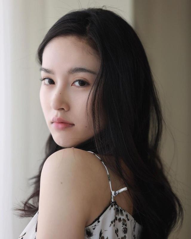 Vẻ gợi cảm khó cưỡng của mỹ nhân chuyển giới đẹp nhất Thái Lan - 18