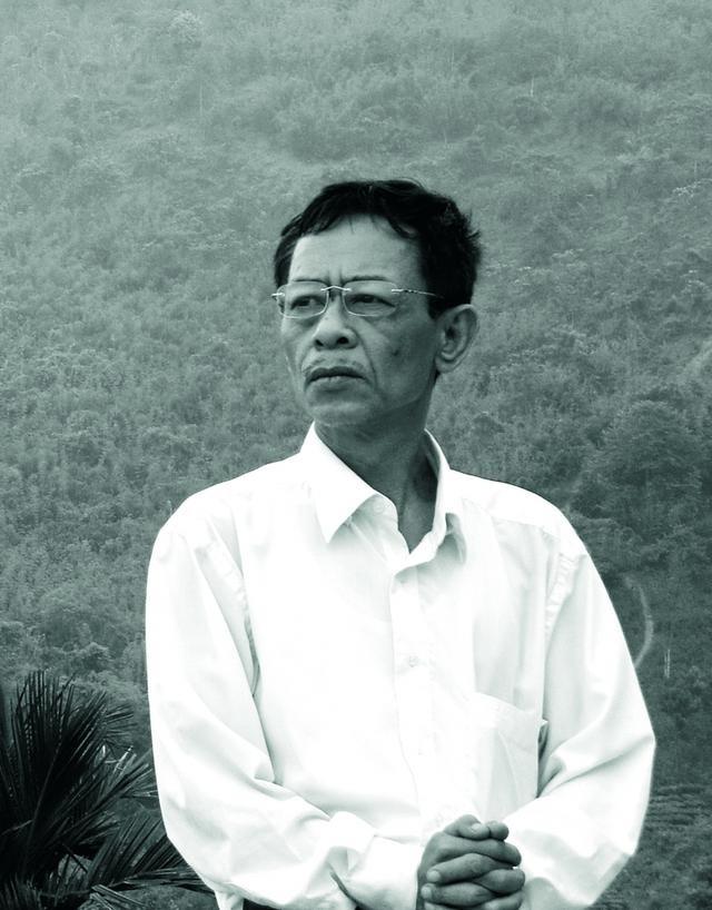 Nhà thơ Hoàng Nhuận Cầm và khát vọng tột cùng của người cầm bút