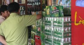 Bia lậu rầm rập tuồn về Việt Nam