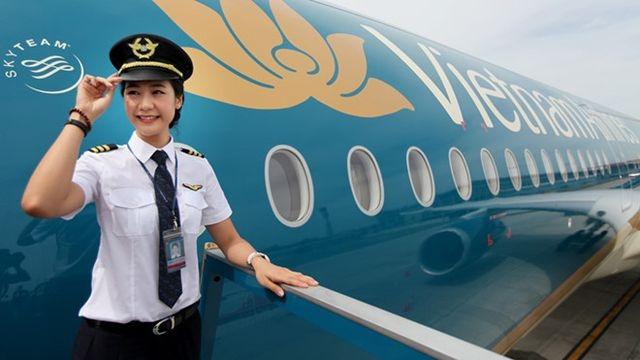 """Vietnam Airlines niêm yết với định giá 2,5 tỷ USD, giới đầu tư vẫn """"khư khư"""" giữ tiền"""