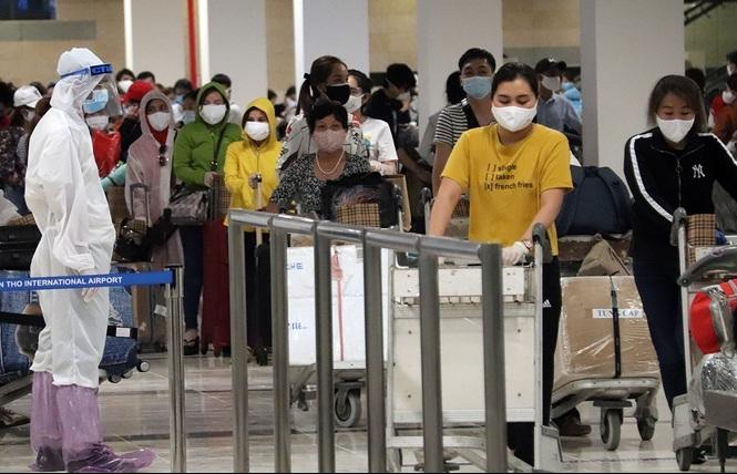 Bạc Liêu cách ly gần 300 người về từ UAE