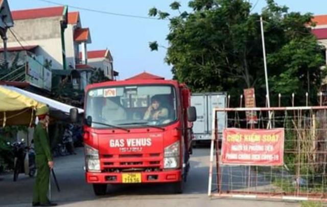 Bắc Ninh: Thêm 14 ca dương tính, xét nghiệm 15 nghìn dân trong đêm - 2
