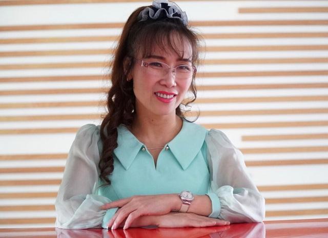 Người phụ nữ giàu nhất Việt Nam tụt hạng trong top tỷ phú - 1