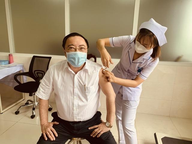 Đồng Nai: Có 4 trường hợp phản ứng sau tiêm vắc xin Covid-19 - 1