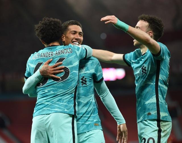 Man Utd 2-4 Liverpool: The Kop đánh sập Old Trafford - 1