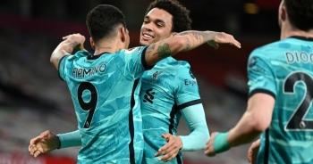 """Man Utd 2-4 Liverpool: The Kop """"đánh sập"""" Old Trafford"""