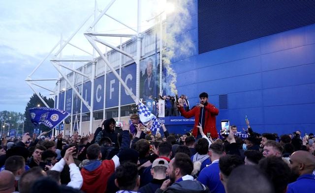 Sau 137 năm chờ đợi, Leicester đã ghi tên vào lịch sử FA Cup - 19