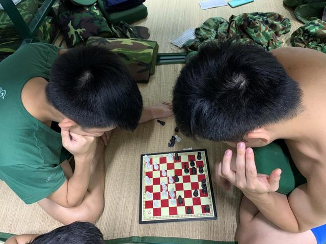 Tâm sự ấm lòng của SV Quân Y gác lại kỳ thi lên đường chi viện Bắc Giang - 3