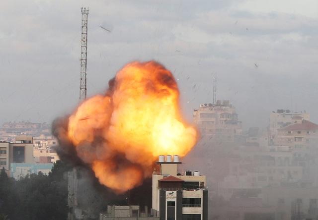 Hamas dọa sẵn sàng bóp cò, đủ rocket tập kích Israel trong nhiều tháng - 2