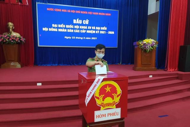 Bắc Ninh tổ chức bầu cử sớm trong khu cách ly - 3