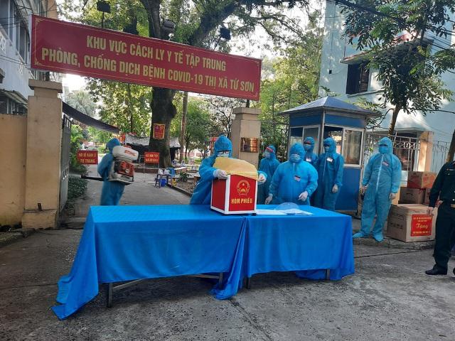 Bắc Ninh tổ chức bầu cử sớm trong khu cách ly - 5