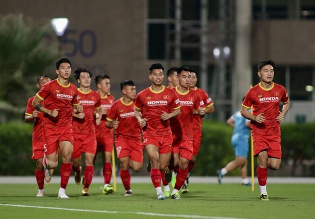 Công Phượng, Quang Hải bở hơi tai vì bài chạy 10 vòng sân - 4