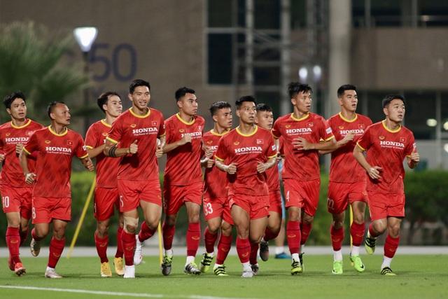 Công Phượng, Quang Hải bở hơi tai vì bài chạy 10 vòng sân - 3