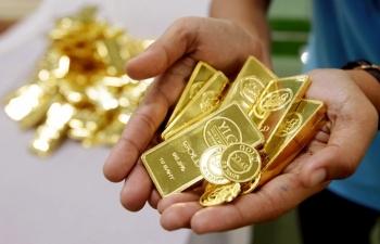 Giá vàng hôm nay 24/7: Tiến ngưỡng 56 triệu đồng/lượng