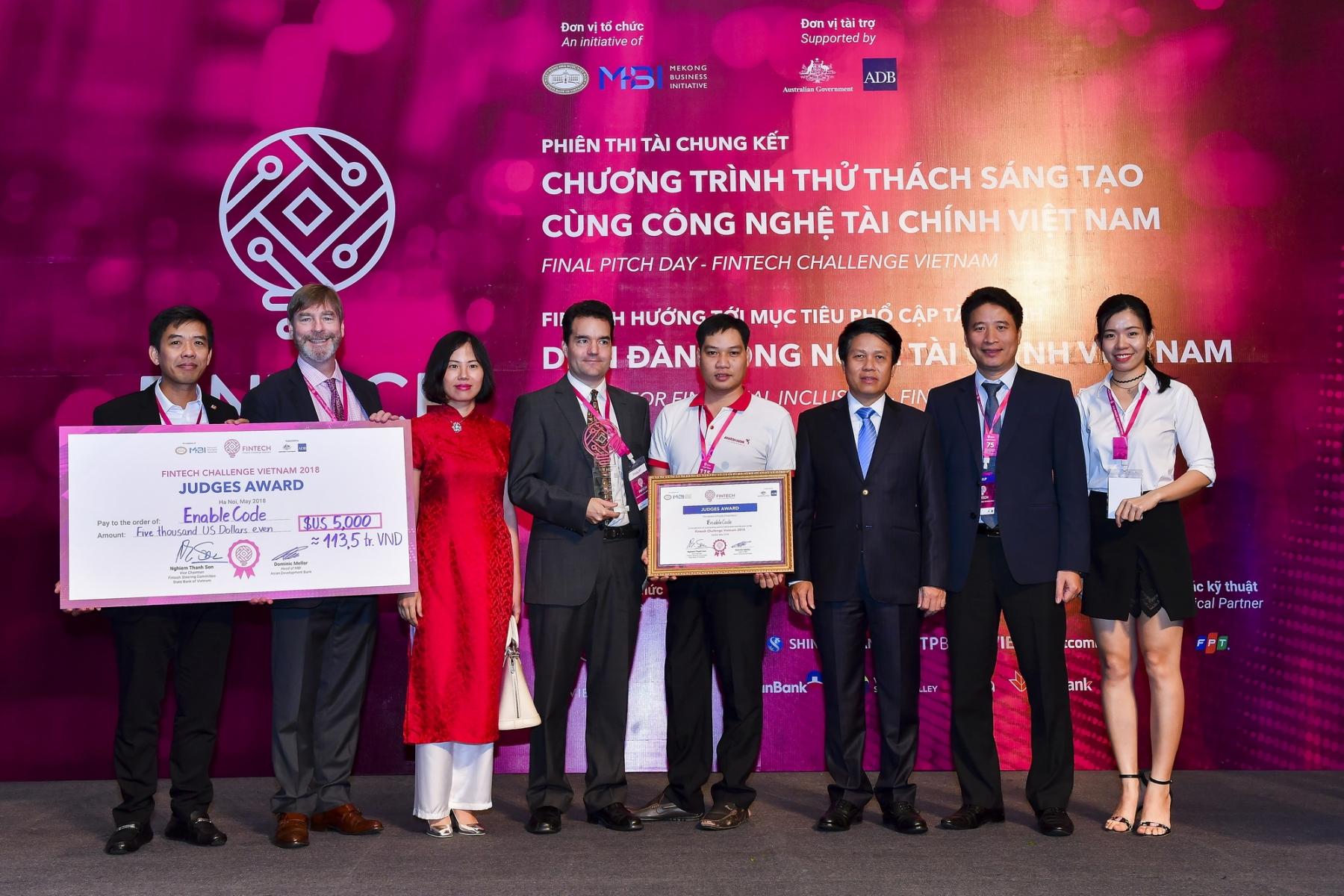 bidv voi fintech challenge vietnam dong hanh de truyen cam hung