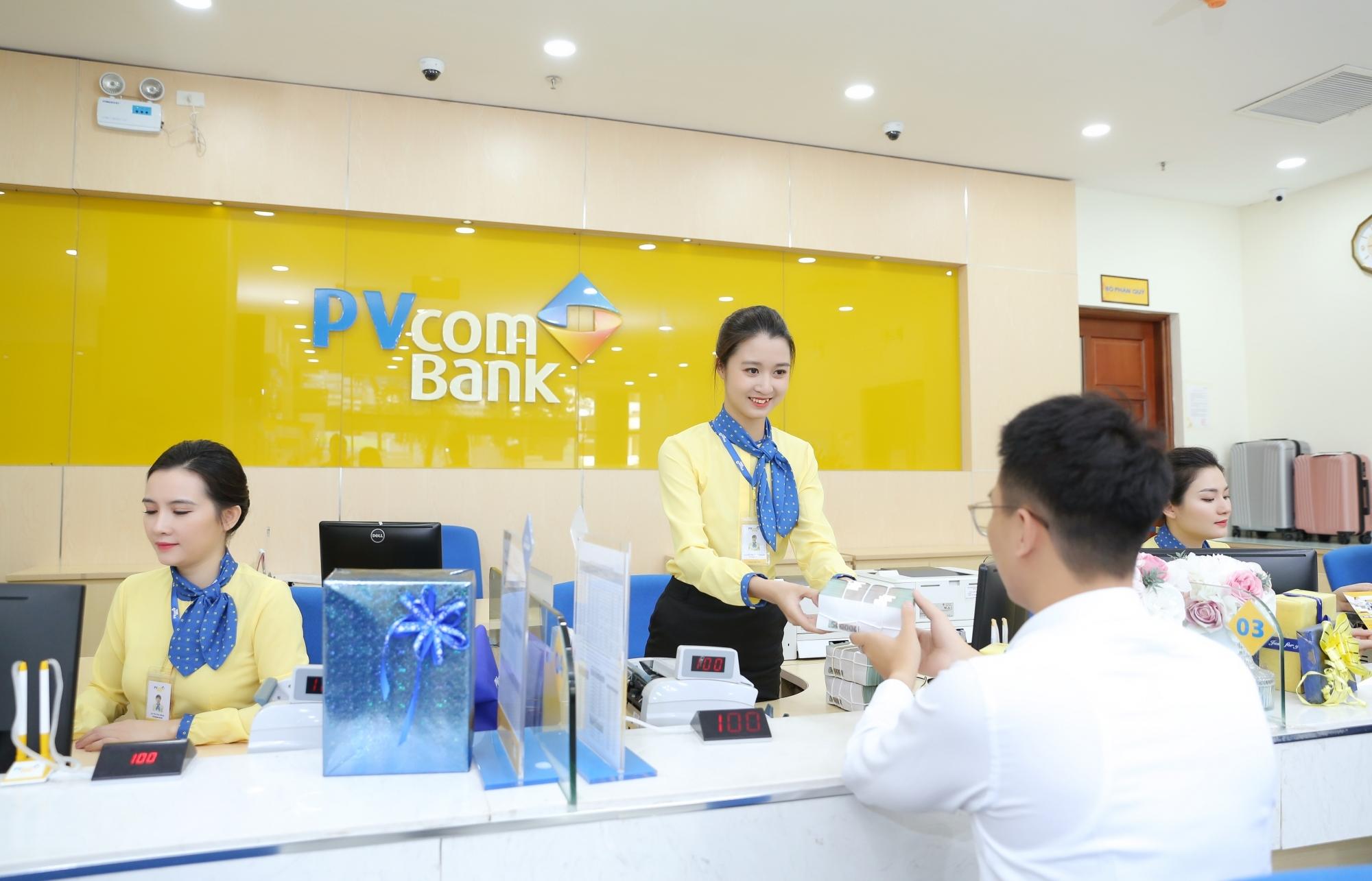 Mua sắm hè, hưởng ưu đãi lớn với thẻ PVcomBank Mastercard