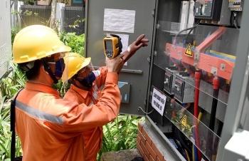 Công suất tiêu thụ điện lại ghi nhận mức cao kỷ lục mới
