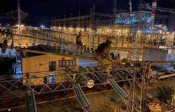 Các đường dây truyền tải nguồn năng lượng tái tạo Nam miền Trung - Tây Nguyên tiếp tục căng thẳng