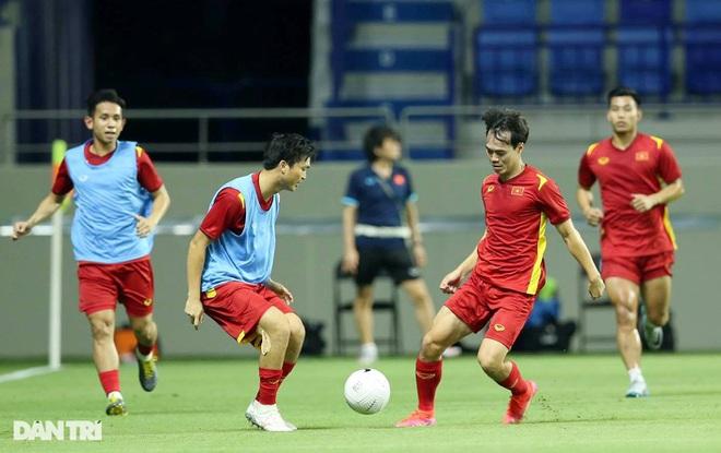 Việt Nam 4-0 Indonesia: Duyên ngầm của Công Phượng - 17