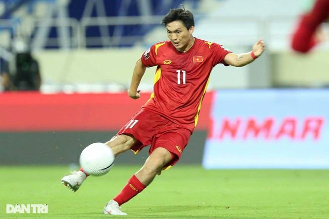 Việt Nam 4-0 Indonesia: Duyên ngầm của Công Phượng - 15
