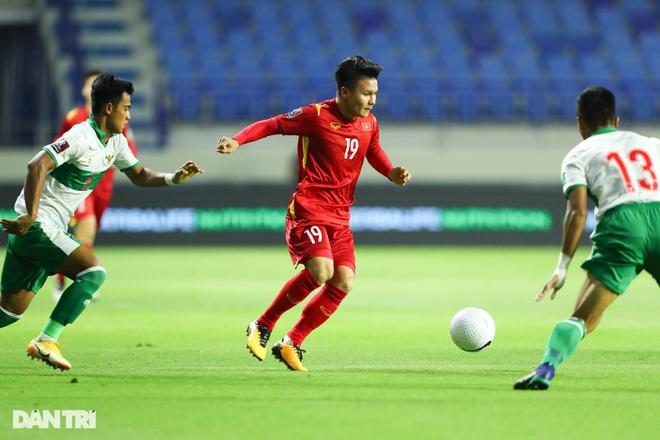Việt Nam 4-0 Indonesia: Duyên ngầm của Công Phượng - 10