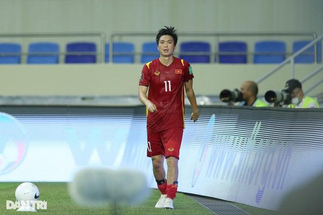 Việt Nam 4-0 Indonesia: Duyên ngầm của Công Phượng - 11