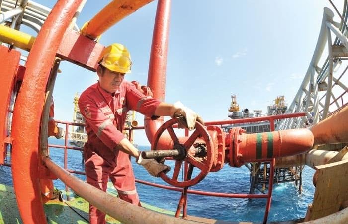Thu ngân sách từ dầu thô 5 tháng đạt gần 16 ngàn tỷ đồng