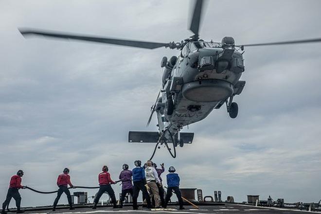 Tàu chiến Mỹ - Australia tập trận bắn đạn thật trên Biển Đông - 3